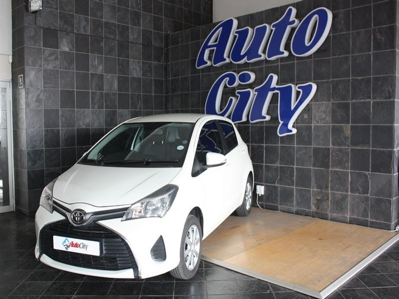 2015 Toyota Yaris 1.3 Xs 5-Door