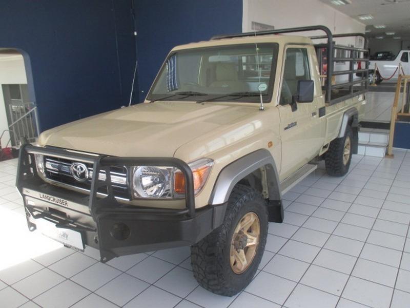 2014 Toyota Land Cruiser 79 4.2D Pick-Up