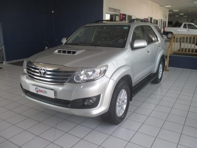 2014 Toyota Fortuner 3.0 D-4D R/body At