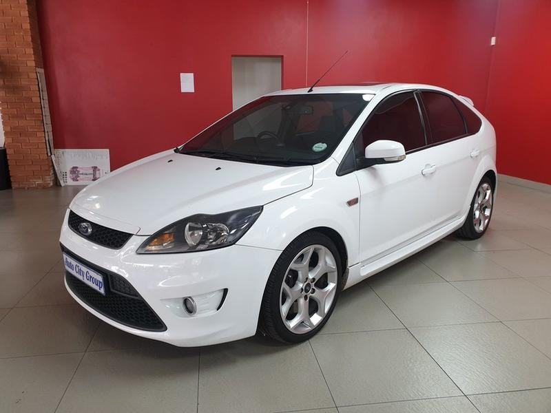 2011 Ford Focus St 2.5 5-Door (leather)