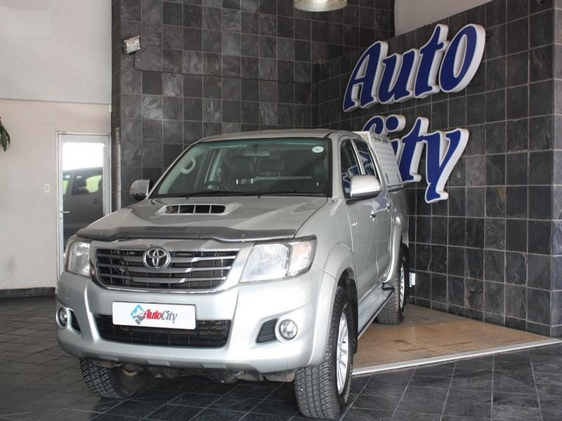2014 Toyota Hilux 3.0 D-4D D/cab R/body Raider At