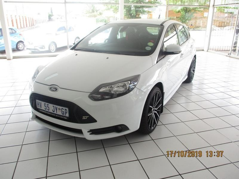 2014 Ford Focus St 2.0 Ecoboost St1