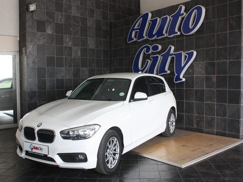 2017 BMW 1 Series 5-Door 120d
