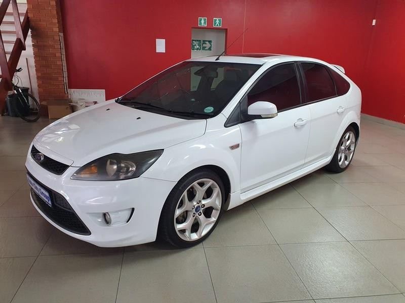 2010 Ford Focus St 2.5 5-Door (leather)