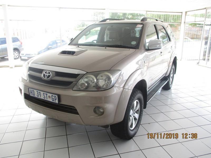 2008 Toyota Fortuner 3.0 D-4D R/body