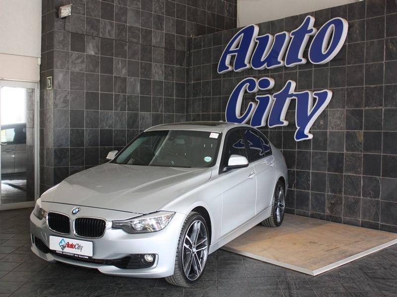 2012 BMW 3 Series Sedan 320i Sport Steptronic
