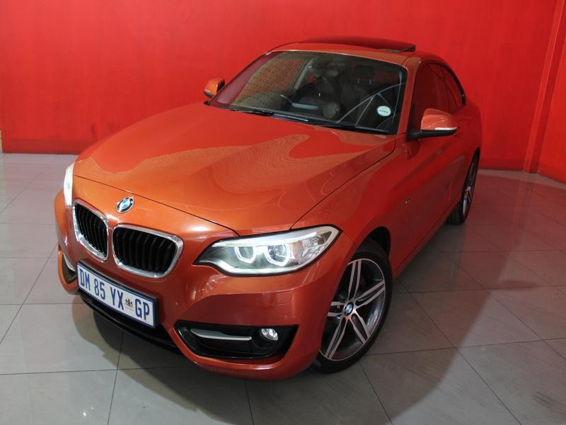 BMW 2 Series Coupe Facelift 220d Sport Line Steptronic