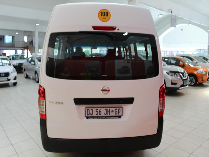 Nissan Nv350 2.5 Impendulo Taxi Ac
