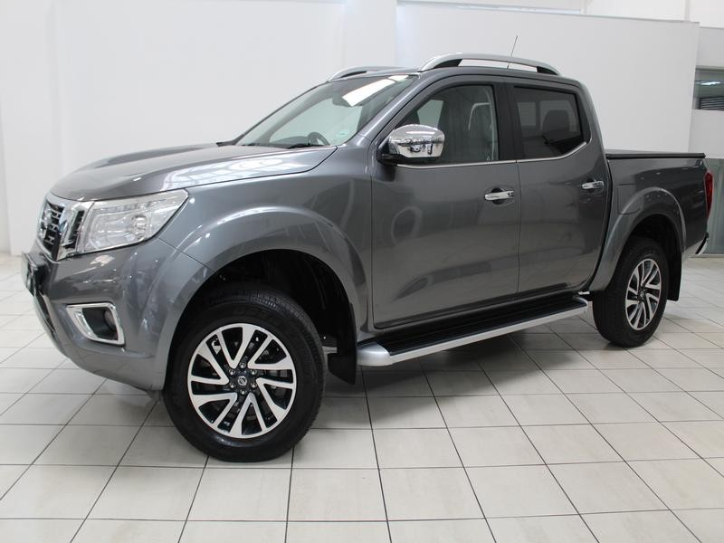 Nissan Navara 2.3D 4X2 Le At (leather Seats)
