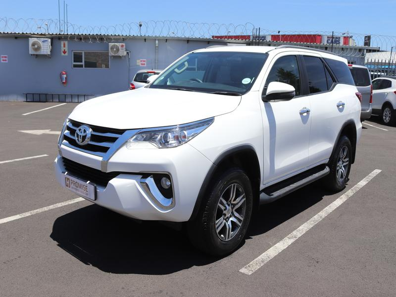 Toyota Fortuner Sc 2.4 Gd-6 Raised Body At