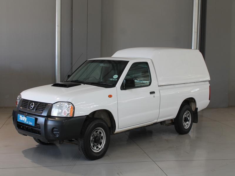 Nissan NP300 Hardbody 2.5D SC