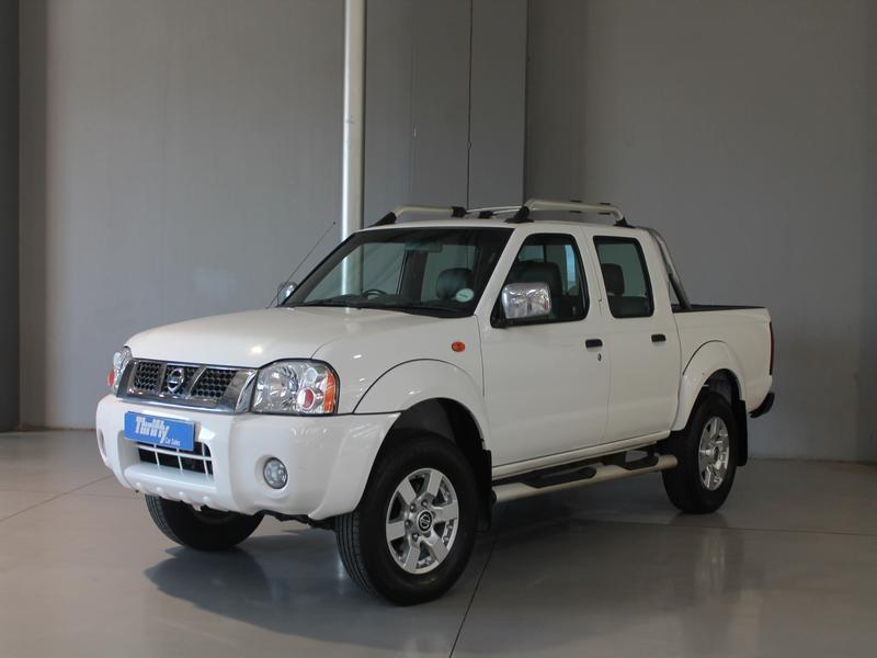 Nissan Np300 Hardbody Promo 2.5 Tdi D/cab Se Hi-Rider