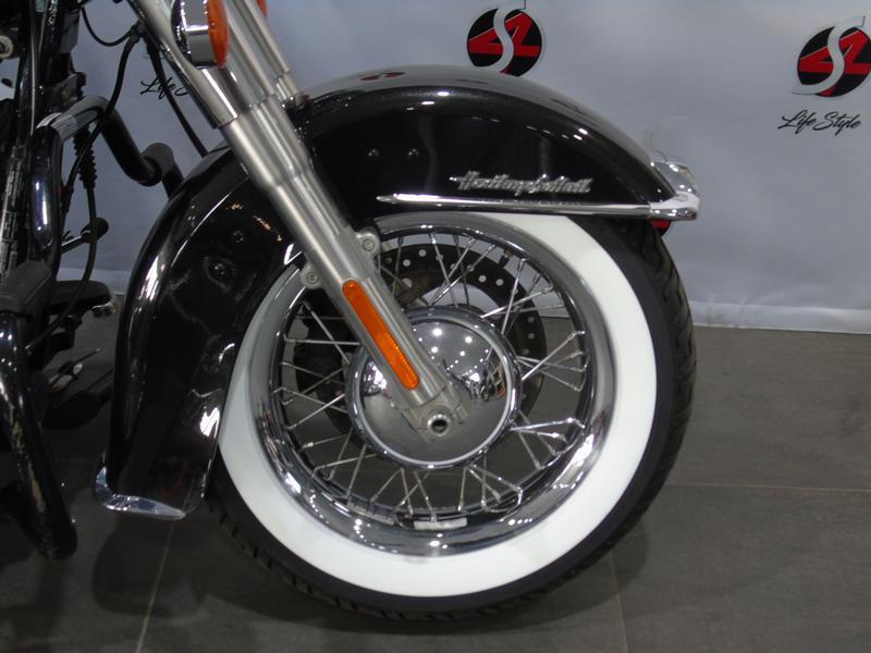 Harley Davidson Softail FLSTC Heritage Softail Classic