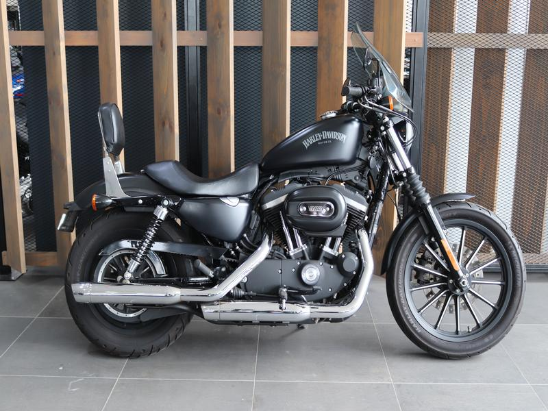 Harley Davidson 883 Sportster Iron