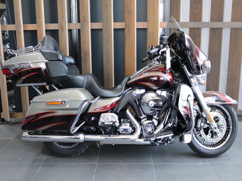 Harley Davidson Touring FLHTKL Ultra Limited Low