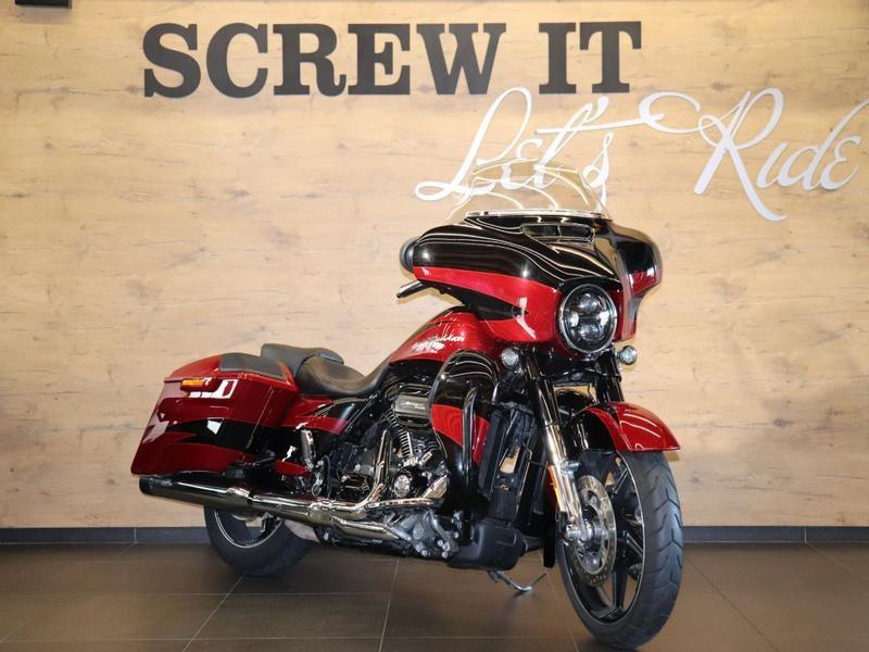 Harley Davidson CVO FLHXSE CVO Street Glide