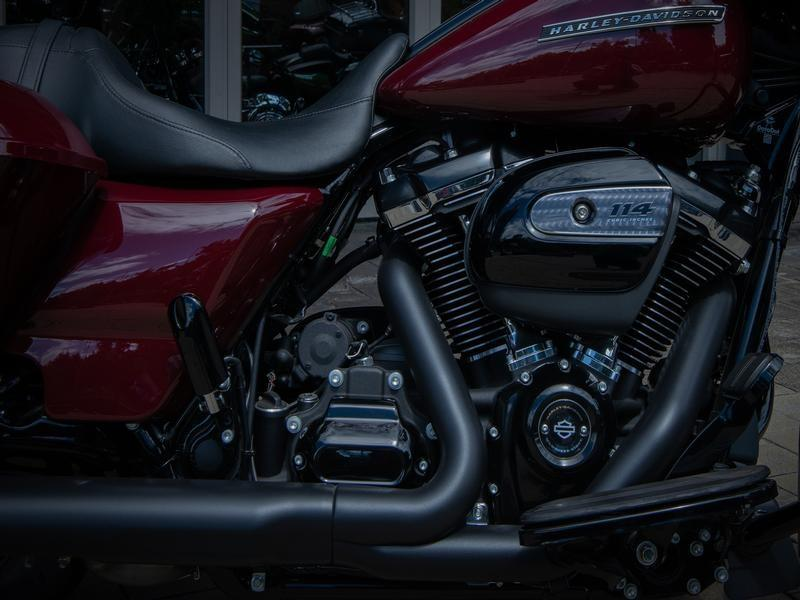 Harley Davidson Touring Street Glide Special 114