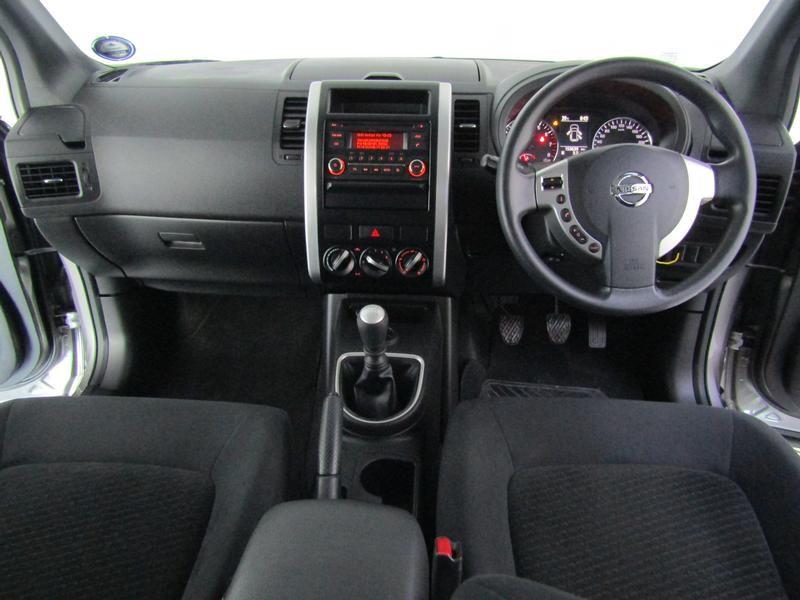 Nissan X-Trail 2.0 4X2 Xe
