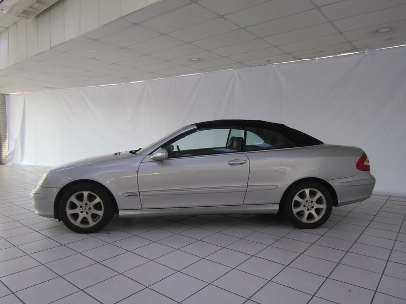 Mercedes-Benz Clk 320 Elegance Convertible A/T