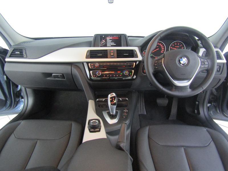 BMW 3 Series Sedan 320i Sports Steptronic