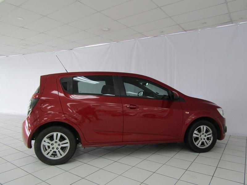 Chevrolet Sonic Hatch 1.6 Ls