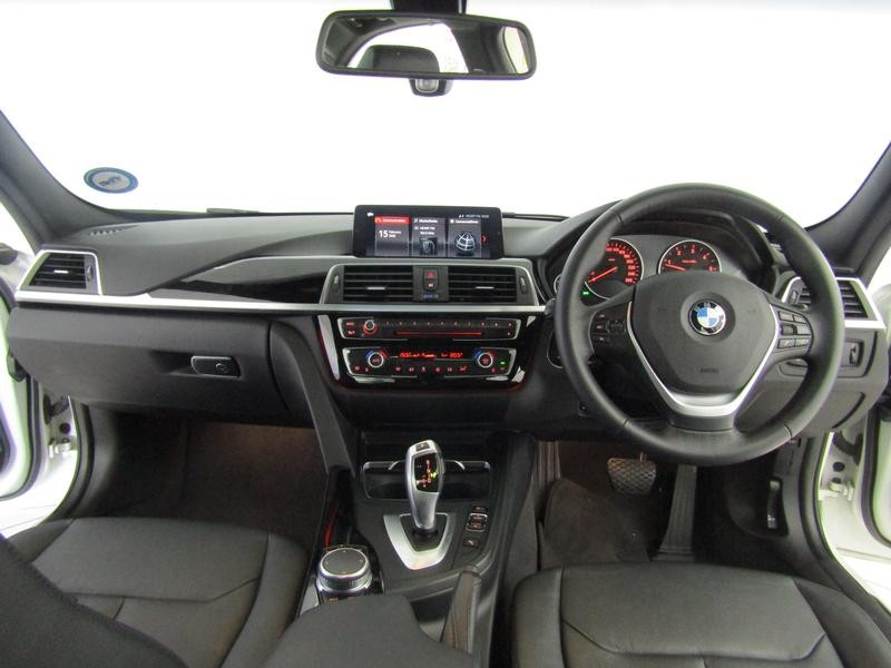 BMW 3 Series Sedan 320d Sport Line