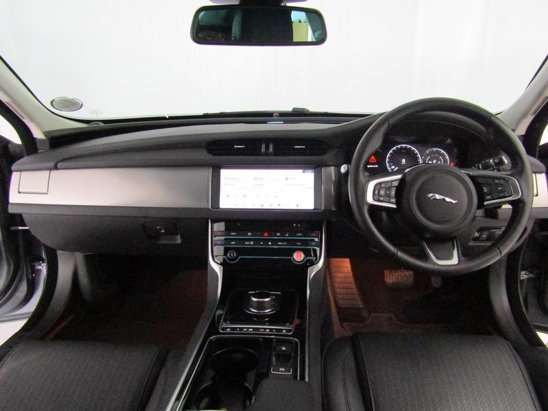 Jaguar Xf My20 2.0 P R-Sport (184kW)