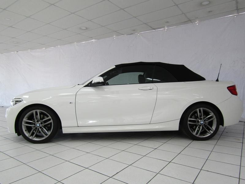 BMW 2 Series Convertible 220i M Sport Steptronic