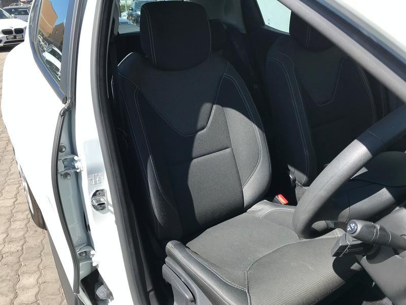 Renault Clio 4 0.9 Authentique Turbo