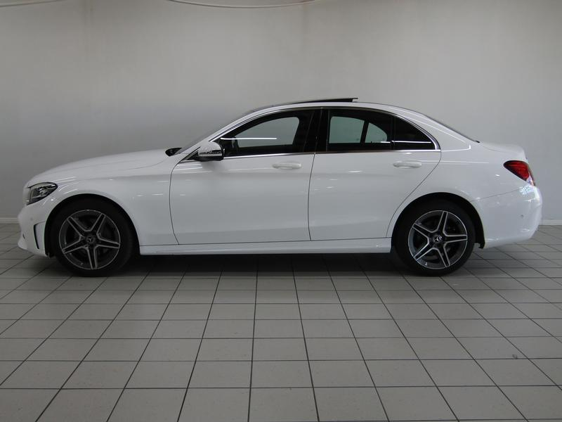Mercedes-Benz C-Class Sedan C 200 Amg 9G-Tronic