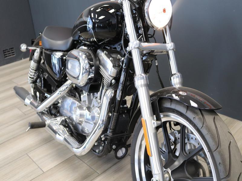 Harley Davidson Sportster XL883L SuperLow