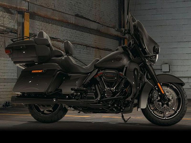 Harley Davidson FLHTKSE CVO Ultra Limited FLHTKSE Custom Colour (18my)