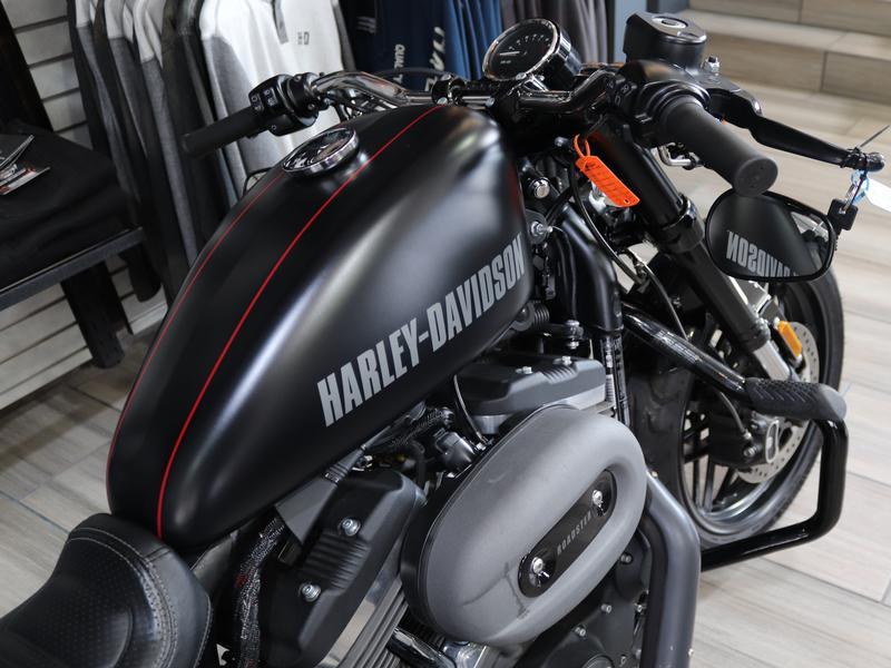 Harley Davidson Sportster XL 1200CX Roadster