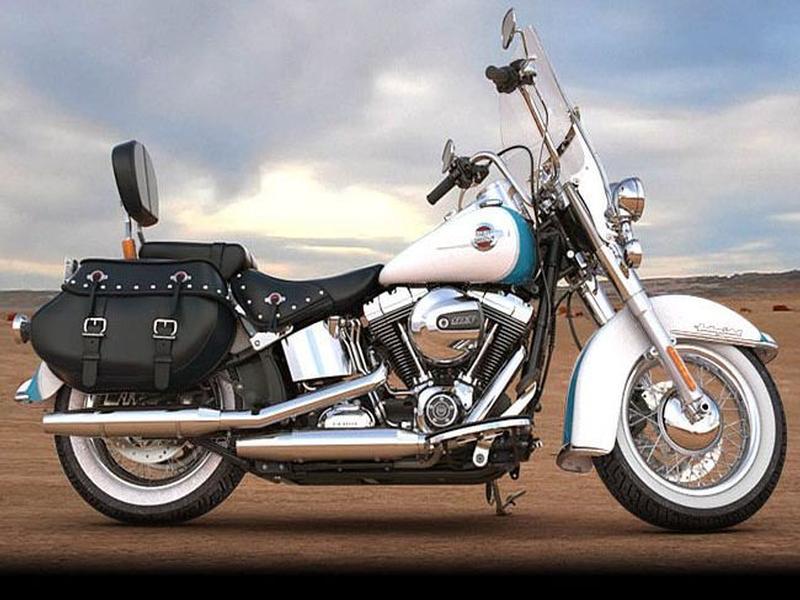 Harley Davidson FLSTC Softail Heritage Classic FLSTC Two-Tone option (17my)