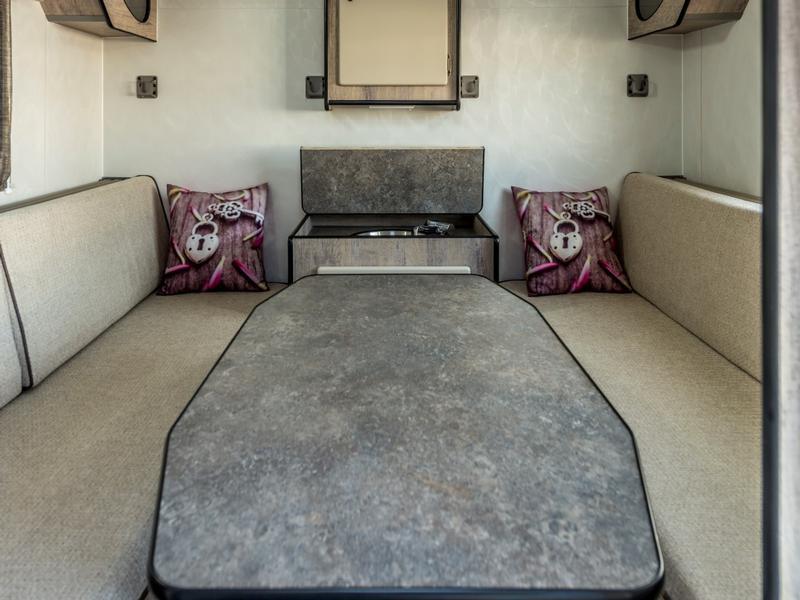 Caravan Quantum Comfort Family KC:N0132 ID