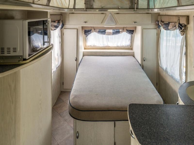 Caravan Sprite Swing KC:5310ZC ID